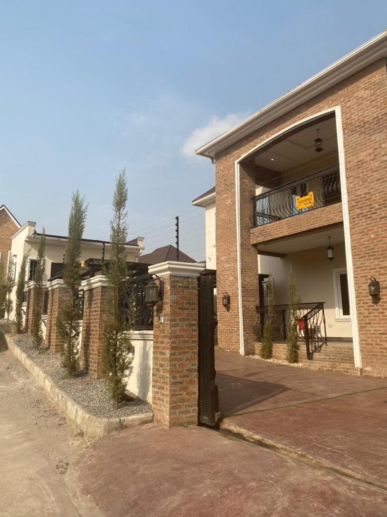 5 bedroom duplex for sale in guzape